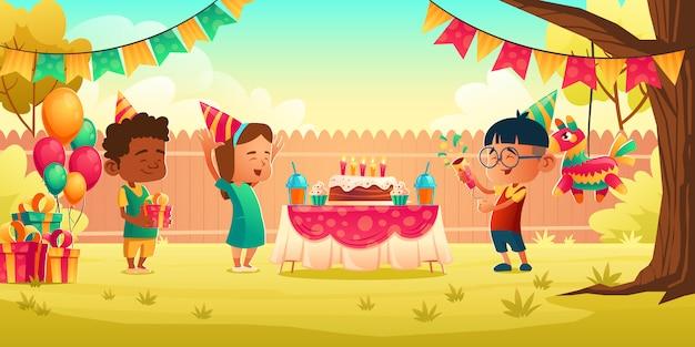 Dziewczyna świętuje Urodziny Z Przyjaciółmi, Otrzymaj Prezent Darmowych Wektorów