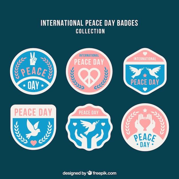 Eleganckie Opakowanie Odznaki Na Dzień Spokoju Darmowych Wektorów