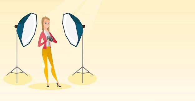 Fotograf z aparatem fotograficznym w studio fotograficznym. Premium Wektorów