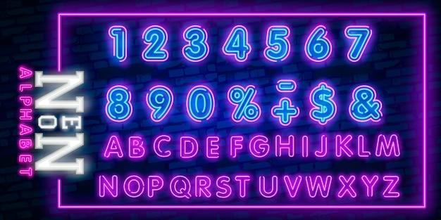 Jasne litery alfabetu neonowego Premium Wektorów
