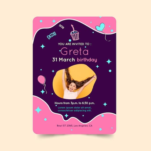 Kartka Urodzinowa Dla Dzieci Premium Wektorów