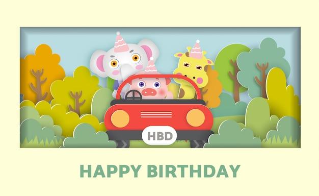 Kartka Urodzinowa Z Uroczymi Zwierzętami Siedzącymi W Samochodzie W Lesie Na Kartkę Z życzeniami, Pocztówkę. Premium Wektorów