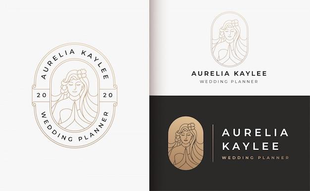 Kobieta Salon Fryzjerski Złoto Gradientu Projektowanie Logo Premium Wektorów