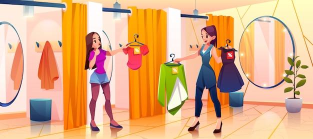Kobieta w przymierzalni przymierza ubrania w sklepie Darmowych Wektorów