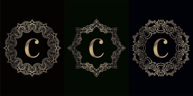 Kolekcja Logo Inicjału C Z Luksusowym Ornamentem Mandali Lub Kwiatem Premium Wektorów