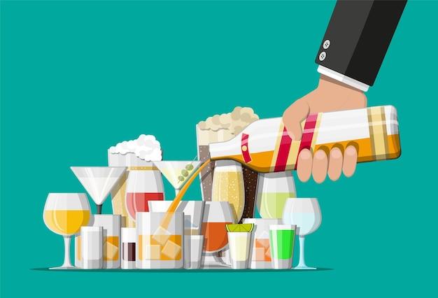 Kolekcja Napojów Alkoholowych W Okularach. Wódka Szampan Wino Whisky Piwo Brandy Tequila Koniak Likier Wermut Gin Rum Absinthe Sambuca Cydr Burbon .. Premium Wektorów