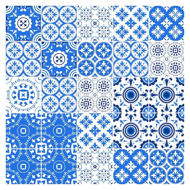 Kolekcja Płytek Majolica W Stylu Azulejo. Niebieski Wzór Z Narodowym Zestawem Ozdobnym. Ilustracja. Premium Wektorów