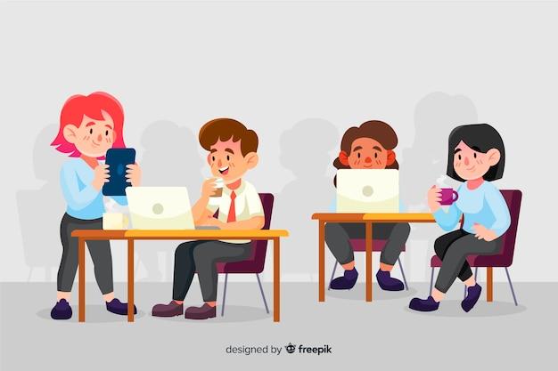 Kolorowi ilustrowani ludzie pracujący przy biurkach Darmowych Wektorów
