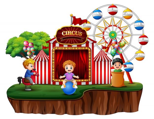 Kreskówka Dzieci Zabawy Na Rozrywki Premium Wektorów