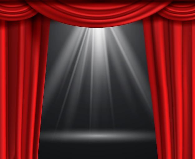 Kurtyna Teatralna. Luksusowe Czerwone Zasłony Na Czarnej Ciemnej Scenie Rozrywkowej Z Reflektorem Premium Wektorów