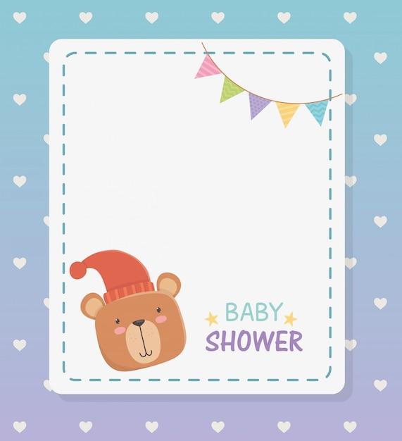 Kwadratowa karta baby shower z małym misiem i girlandami Darmowych Wektorów