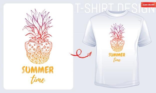 Letni t-shirt z nadrukiem Premium Wektorów