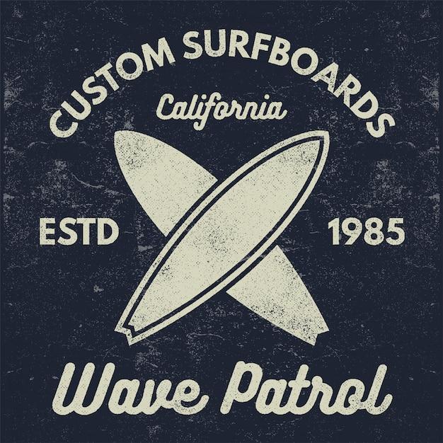 Logo koszulki vintage surfing Premium Wektorów