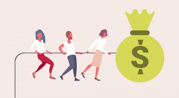 Ludzie Biznesu Wiązania Ciągnąć Liny Duża Torba Pieniędzy Dolar Monety Udanej Pracy Zespołowej Strategii Wzrostu Bogactwa Koncepcja Płaskie Męskie Postaci Z Kreskówek Poziome Premium Wektorów