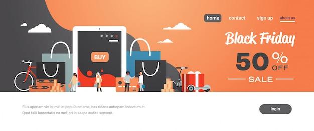 Ludzie klienci z zakupami torby na zakupy zakupy online za pomocą aplikacji na tablet e-zakupy koncepcja promocyjna czarny piątek zniżka Premium Wektorów