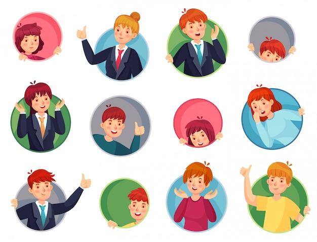 Ludzie W Twarz. Zaskoczeni Ludzie Wyglądają Z Okrągłych Otworów, Wystają Z Okien I Kciuka Wskazując Okrągły Zestaw Otworów Premium Wektorów