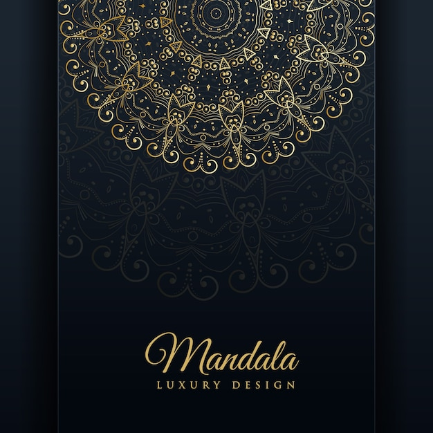 Luksusowe ozdobne tło projektu mandali w kolorze złota Darmowych Wektorów