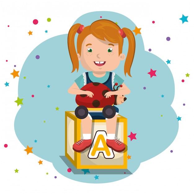 Mała Dziewczynka Gra Z Charakteru Zabawek Premium Wektorów