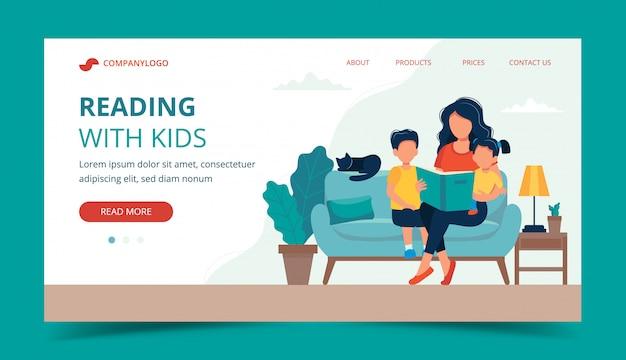 Mama czytająca dla dzieci. szablon strony docelowej. Premium Wektorów