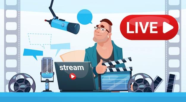 Man Video Blogger Online Stream Blogowanie Subskrybuj Koncepcję Premium Wektorów
