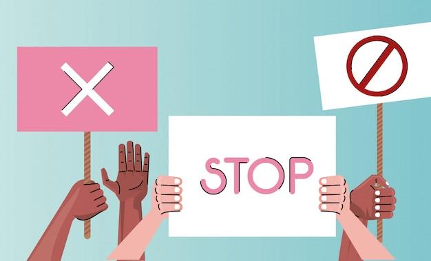 Międzyrasowe Ręce Ludzi Protestujących Przeciwko Podnoszeniu Tablic Premium Wektorów