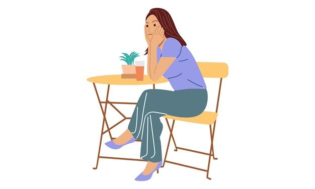 Młoda Kobieta Siedzi Na Drewnianym Krześle Relaksując Sok Do Picia Premium Wektorów