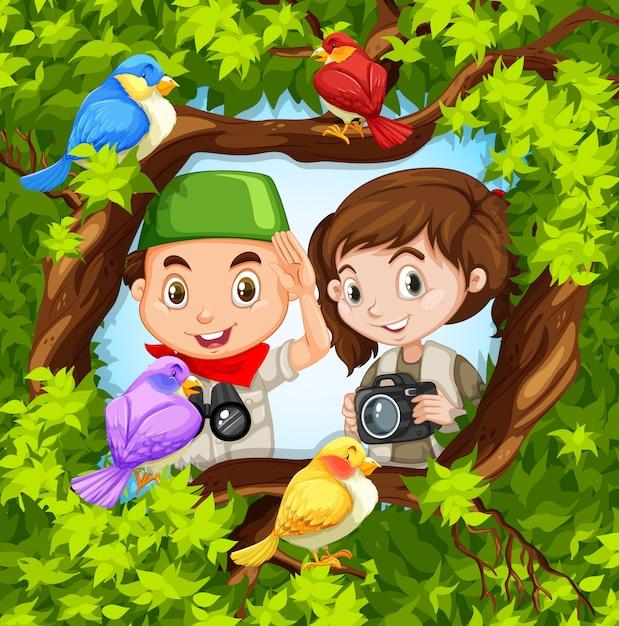 Obserwowanie ptaków z chłopcem i dziewczyną Darmowych Wektorów