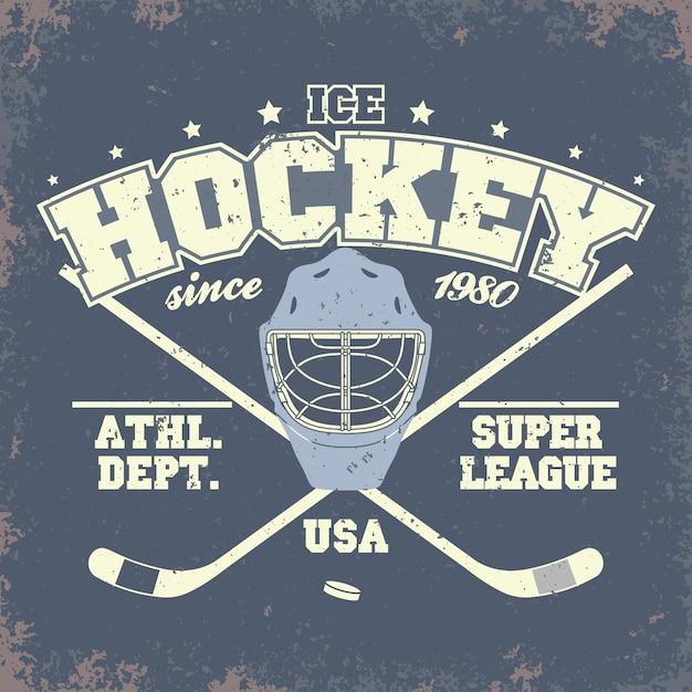 Odznaka Klubu Hokejowego, Szablon Typografii, Grafika T-shirt Sportowy. Dwa Skrzyżowane Kije Hokejowe I Krążek Premium Wektorów