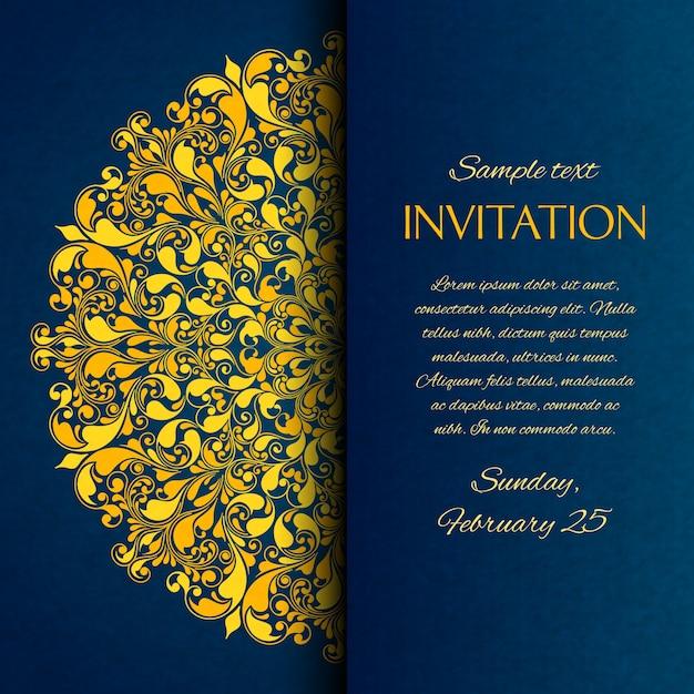 Ozdobne niebieskie z zaproszeniem z złotym haftem Darmowych Wektorów