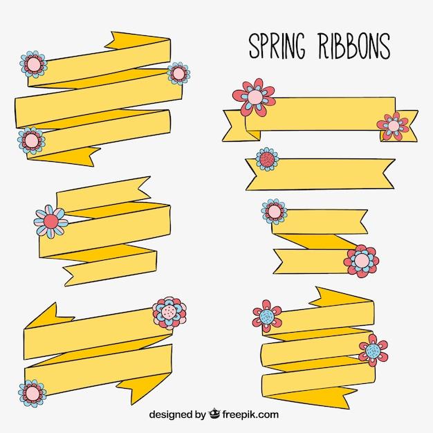 Paczka żółtych Wstążek Wiosnę Z Kwiatowej Dekoracji Darmowych Wektorów