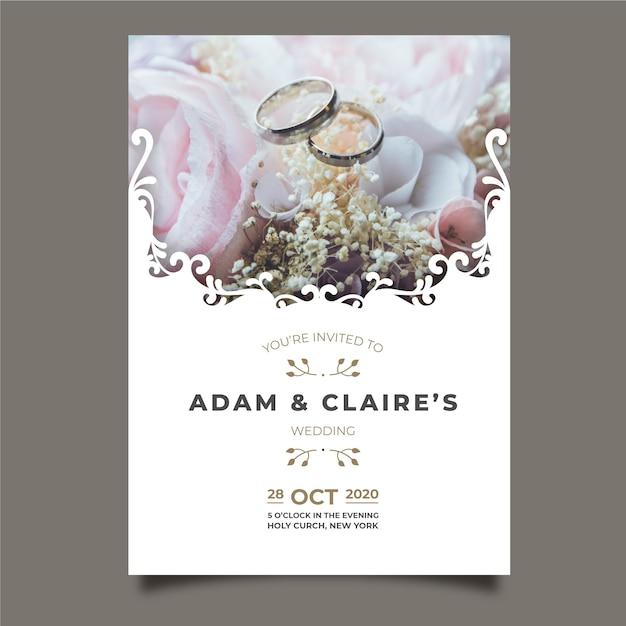 Piękna ślubna karta z obrazkiem Darmowych Wektorów