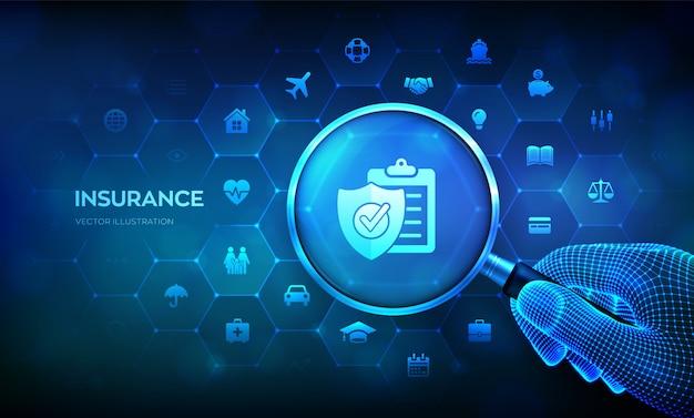 Pojęcie Usług Ubezpieczeniowych Z Lupą W Ręku. Szkło Powiększające Na Wirtualnym Ekranie. Premium Wektorów