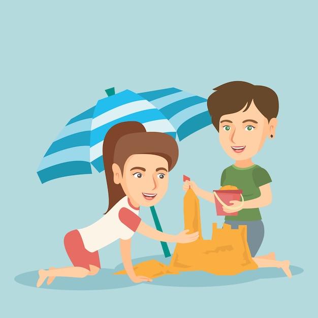 Przyjaciele Buduje Sandcastle Na Plaży. Premium Wektorów