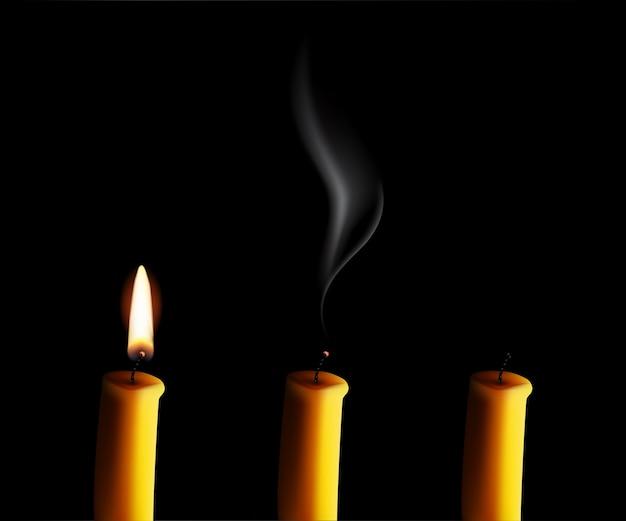 Realistyczna świeca Z Ogniem, Zgaszona świeca Ze Smogiem I Koniec świecy Na Białym Na Czarnym Tle. Premium Wektorów