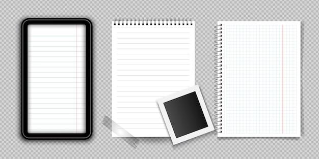 Realistyczny notatnik lub notatnik z segregatorem odizolowywającym. notatnik lub pamiętnik z wyłożonymi i kwadratowymi szablonami strony z papieru. Premium Wektorów