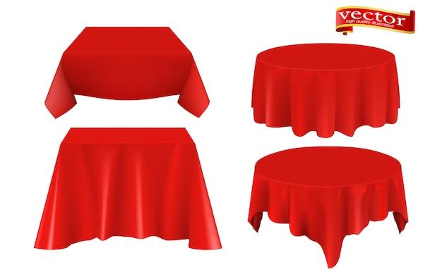 Realistyczny zestaw stołu z czerwonej tkaniny jedwabnej. Premium Wektorów