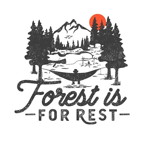 Ręcznie Rysowane Odznaka Wilderness Z Górskiego Krajobrazu I Inspirujące Napis Premium Wektorów