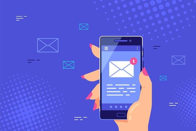 Ręka Trzyma Smartfon Z Ikoną Listu Na Ekranie. Aplikacja E-mail W Telefonie Komórkowym, Nowa Wiadomość. . Premium Wektorów