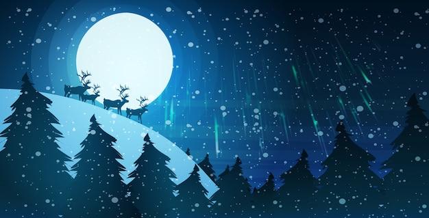 Renifery Sylwetka Nad Księżyc W Pełni W Nocnym Niebie śnieżna Sosna Jodła Las Wesołych świąt Szczęśliwego Nowego Roku Zimowe Wakacje Koncepcja Premium Wektorów