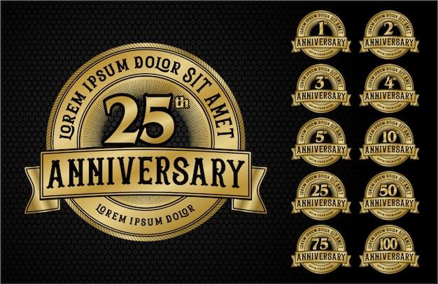 Rocznica logo godło złoty styl z taśmy Premium Wektorów