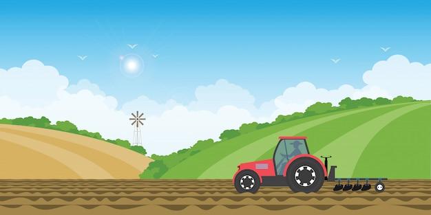 Rolnik Jedzie Ciągnika W Uprawianej Ziemi Na Wiejskim Gospodarstwo Rolne Krajobrazu Wzgórza Tle. Premium Wektorów