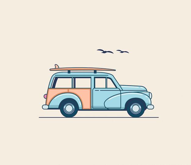 Samochód Do Surfowania. Retro Błękitna Suv Ciężarówka Z Surfboard Na Dachowym Stojaku Odizolowywającym Na Białym Tle. Ilustracja Wakacje Lato Czas Na Projekt Plakatu Lub Karty Lub T-shirt. Ilustracja W Stylu Płaskiej Premium Wektorów