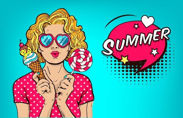 Seksowny młodej kobiety ręki chwyta rożka lody i lizak. blondynka w letnich okularach. ilustracja wektorowa retro. pop art Premium Wektorów