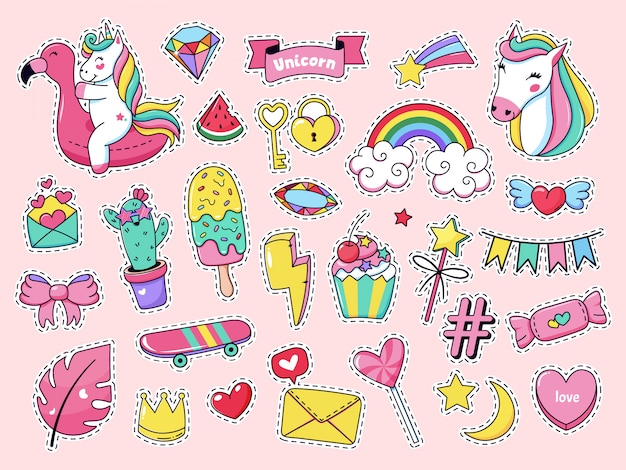 Śliczne Naszywki. Magiczna Moda Doodle Naszywki, Bajkowy Różowy Tęczowy Jednorożec, Lody I Słodkie Cukierki Zestaw Ikon Ilustracji. Naklejka Z Kreskówkową Dziewczyną, Lody Jednorożca Wróżki Premium Wektorów