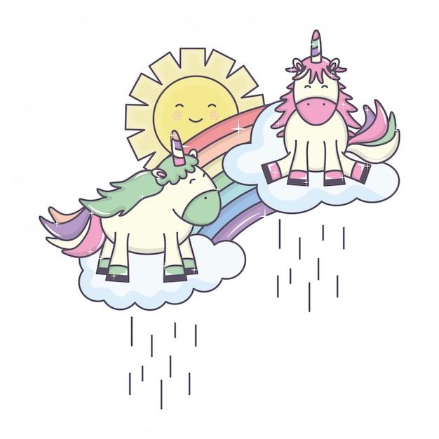 Śliczny jednorożec w tęczy z chmurami deszczowymi i słonecznymi kawaii Darmowych Wektorów