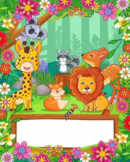 Słodkie zwierzęta z kwiatami i pusty znak drewna w lesie. wektor Premium Wektorów