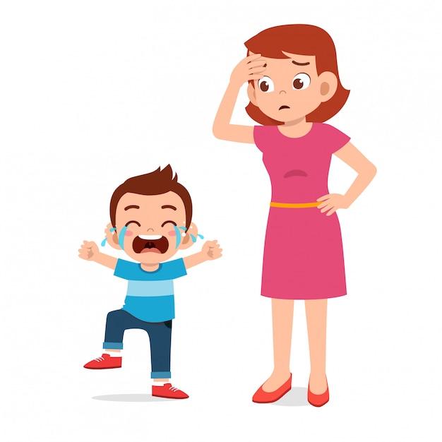 Smutna Płacz Mała Dziewczynka Z Mamą Premium Wektorów