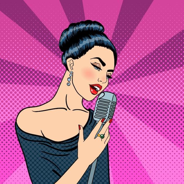 Śpiewająca kobieta piękna młoda kobieta z mikrofonem. pop art. Premium Wektorów