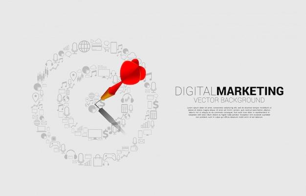 Strzałka Dart Uderzyła W środek Tarczy Z Ikoną Marketingu. Koncepcja Biznesowa Celu Marketingowego I Klienta Premium Wektorów