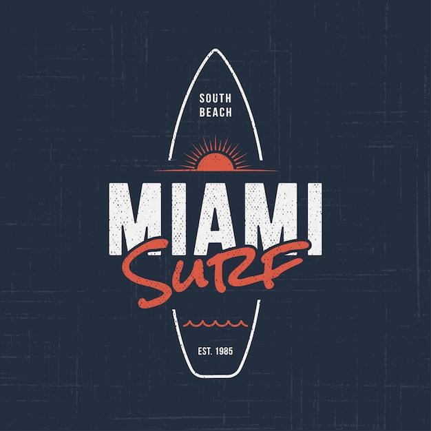 Surfing W Miami Na Florydzie. Premium Wektorów